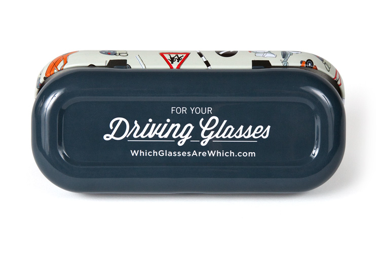 Driving glasses case bottom