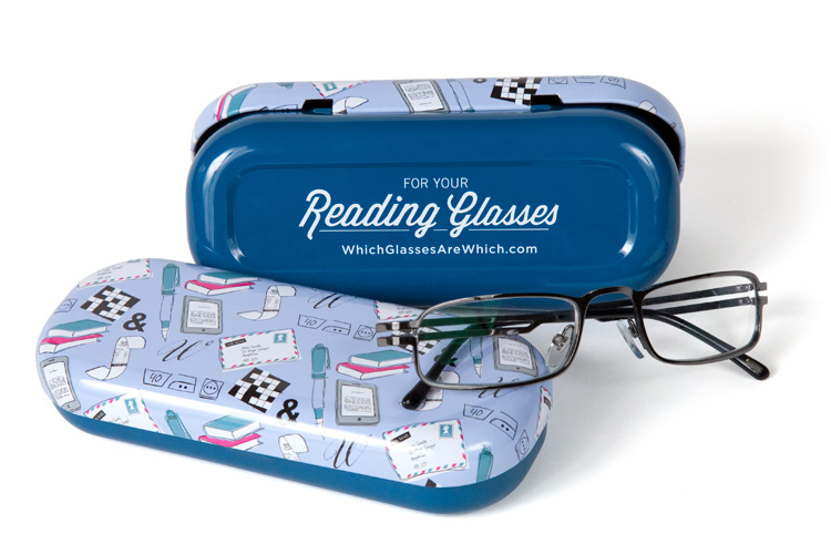 Reading glasses case with glasses